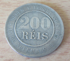 Brésil - Monnaie 200 Reis 1893 - Diam. 32,5 Mm Poids 14,8 Gr - Brésil