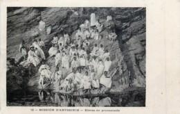 Ethiopie - Abyssinie - Elèves En Promenade - Mission - Ethiopie