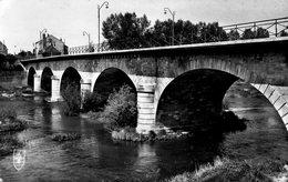 SAINT- AMAND- MONTROND- Le Pont Du Cher. - Saint-Amand-Montrond
