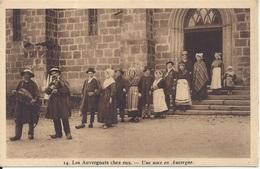 CPA  Les Auvergnats Chez Eux  Une Noce En Auvergne - Noces