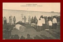 Le Maroc Illustré * Un Enterrement Militaire   (scan Recto Et Verso ) - Marruecos