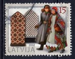 Lettonie - Lettland - Latvia 2002 Y&T N°550 - Michel N°579 (o) - 15s Costumes Traditionnels - Lituanie