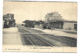 MELUN - Intérieur De La Gare - TRAIN - Melun