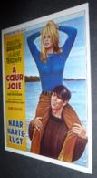Carte Postale (cinéma Affiche Film) A Coeur Joie (Brigitte Bardot - Laurent Terzieff) - Affiches Sur Carte