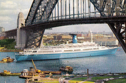"""PAQUEBOT : M. S. """" ANGELINA LAURO """" / LAURO LINES At SYDNEY / AUSTRALIA - ANNÉE / YEAR ~ 1965 - '969 (aa842) - Paquebots"""
