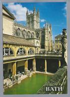 UK.- BATH. The Roman Baths And Bath Abbey. Ongelopen. - Kerken En Kathedralen