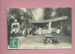 CPA  -  Méru - (Oise) - Intérieur Du Moulin Rose - A.Dalzat D'Arsac , Propriétaire - (  Théâtre Guignol ) - Meru