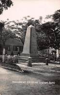 CPA ASIE à Identifier - Monument Caserne Legion Tong - Carte Photographique - Cartes Postales