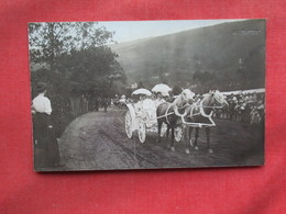 RPPC Fancy Horse & Carrige  Photo By AV Porter Has Crease  Ref 3233 - Postcards