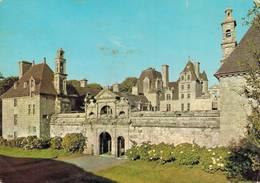 Chateau De Kerjean En Saint Vougay Vue Generale  CPM Ou CPSM - Saint-Vougay