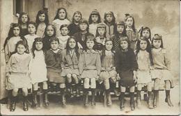 C Photo Ecole De Filles  (dans Un Lot DP34  Avec Des Cartes De  Boujan Sur Libron ) Vers 1920 - School