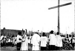 AFRIQUE - NOUNA - Mgr Lesourd Bénit Une Nouvelle Croix - Burkina Faso