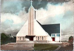 44 BOUAYE - L'église, La Façade - Bouaye
