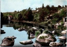44 BOUSSAY - Les Rochers à Bapaume - Boussay