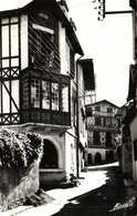 Cpsm Petit Format CIBOURE  Les Jolies Maisons Basques De La Rue Du Dr Nivé RV  Timbre Cachet Flamme Ciboure - Ciboure