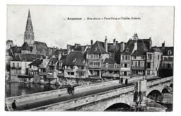 Issoudun (Indre)  Aspect De La Ville      LES 2 CARTES - Issoudun