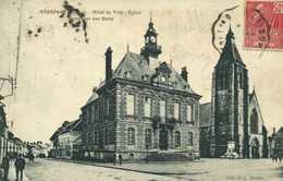 ETRAPEGNY  Hotel De Ville Eglise Et Monument Aux Morts RV - Autres Communes