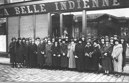 80 AMIENS CARTE PHOTO  MAGASIN LA BELLE INDIENNE  LE PERSONNEL  41 à 67 Rue Des Vergeaux - Amiens