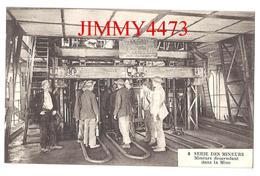 CPA - Mineurs Descendant Dans La Mine - SERIE DES MINEURS - Edit. Fauchois à Béthune N° 8  - Scans Recto-Verso - Mines