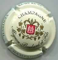 CAPSULE-CHAMPAGNE MIGNON-BOULARD & Fils N°01 Fond Crème Pâle - Champagne
