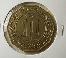 Algeria 10 Dinars 1979 Varnished - Algérie