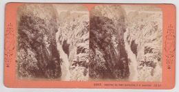 Stereoscopische Kaart.    Gouffre Du Pont Napoléon  à St.Sauveur) - Cartes Stéréoscopiques