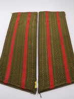 Insigne Militaire Soviétique/Russe - Pour Colonel (Fourreaux D'épaulettes)- Military Badges P.V. - Uniformes