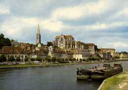 AUXERRE  Les Bords De L'Yonne Peniches Et L'ancienne Abbatiale Saint Germain Colorisée RV - Auxerre