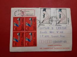 Pologne Enveloppée Avec Beaucoup De Timbres - 1944-.... República