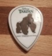 TARZAN - FEVE GORILLE - BRILLANTE PLATE - Disney