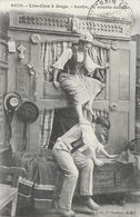 Bretagne - Lits-clos à étage - Sortie, La Courte échelle - Collection E. Hamonic, Carte N° 4070 - Bretagne