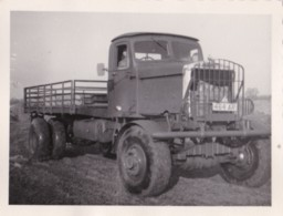AR17 Photograph - Flat Bed Lorry - Cars