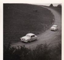 AR17 Photograph - Autocross Dunstable, May 1954, 2 Ford Zephyrs - Automobili