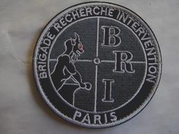 ECUSSON TISSUS PATCH POLICE NATIONALE LA BRI DU 75 PARIS EN B.V SUR VELCROS - Polizia