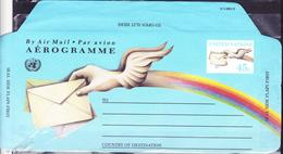 UNITED NATIONS AEROGRAMME BLUE POSTAL STATIONARY 45 CENTS HANDS WITH WINGS - New York -  VN Hauptquartier