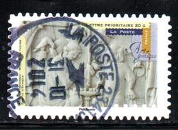 N° 879 - 2013 - Adhesive Stamps