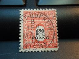 Timbre De 1945 Arc De Triomphe De Paris 1F50 SAINT-QUENTIN MARS 45 AISNE Beau Timbre 1 F50 - Used Stamps