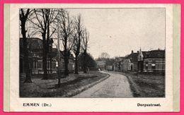 Emmen - Dorpsstraat - Animée - ** Apparemment Carte Contrecollée - Fabrication Maison ** - Emmen
