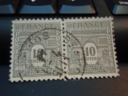 2 Timbres De 1945 Arc De Triomphe De Paris  10 C SOMME - Used Stamps