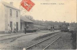 SAINT AMAND EN PUISAYE  (58) Intérieur De La Gare Du Chemin De Fer Du Tacot Train - Saint-Amand-en-Puisaye