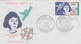 Enveloppe  FDC  1er  Jour   MADAGASCAR    Nicolas   COPERNIC   1974 - Astronomie