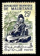 MAURITANIE 149° 25f Vert Clair Et Outremer Activités Traditionnelles Et Animaux Danse Assise (10% De La Cote + 0,15) - Mauritanie (1960-...)