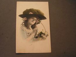 Frau Mit Hut  Foto Ca, 1910 - Frauen