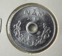 Vietnam 5 Xu 1975 Varnished - Vietnam
