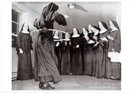 API Photograph Of Catholic Nuns Doing Hula Hoop Postcard Oklahoma City - 05347 - Photographs