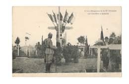 Les Drapeaux De La 39e Division Au Cimetière à Achain - 49 - Cimiteri Militari