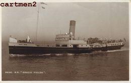 CARTE PHOTO : S.S. GRACIE FIELDS BATEAU BOAT PAQUEBOT FERRIE ENGLAND SOLOGLAZE WELLS - Cargos