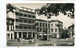 CPsm 81 : GAILLAC  Place Et Hotel  A   VOIR !!!! - Gaillac