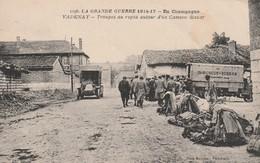 51- Vadenay - Troupes Au Repos Autour D'un Camion Bazar - France