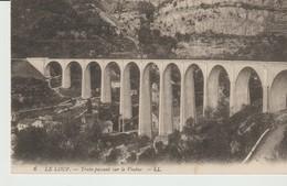C.P.A. - LE LOUP - TRAIN PASSANT SUR LE VIADUC - L. L. - 6 - - Francia